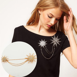 Wholesale Gold Brooches For Wedding - Stellate Brooches Wholesale Fashion Exaggerated Full Diamond Tassel Chain Brooch Snowflake Pins Jewelry for Women 2017 New Style
