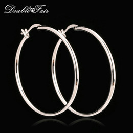 Wholesale Wholesale Elegant Jewelry - Elegant Big Hoop Earrings Silver Color Platinum Plated Copper Metal Fashion Vintage Punk Jewelry Anti-allergy For Women Wholesale DFE659