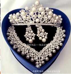 Wholesale Three Crowns Earrings - 2017 new bride wedding jewelry wholesale pearl diamond necklace earrings crown three piece American Korean free shipping