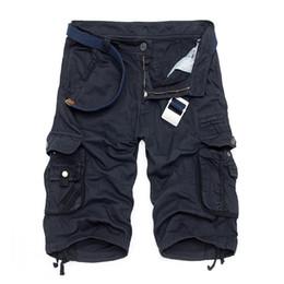 Al por mayor-Quinto corto de algodón de los hombres de verano nueva moda casual vestido multi-bolsillo pantalones cortos de camuflaje Envío gratis 29-40 sin correa desde fabricantes