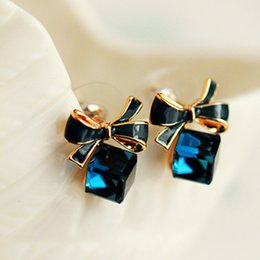 Wholesale Rhinestone Bow Earrings - The High Quality Fashion 2016 Chic Shimmer Plated Gold Bow Cubic Crystal Earrings Blue Rhinestone Stud Earrings For Women