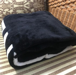 Wholesale Materials For Bags - Luxury pattern black blanket 130X150CM flannel fleece material with dust bag C style logo for Travel ,home ,office nap blanket VIP gift