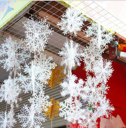 Wholesale Lowest Price Christmas Decorations - Lowest price christmas tree snowflake ornaments White XMAS Christmas Supplies Snowflake Charms Decoration Ornaments Applique For Tree