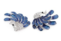 Wholesale Peacock Wedding Cakes - Sell like hot cakes product high-grade zircon brooch love cartoon blue peacock brooch tourism memorial electroplating ornaments