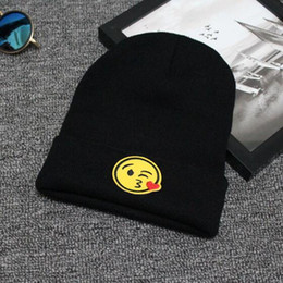 Wholesale Wholesale Hunting Winter Hat - Unisex Fashion Emoji Printing Knitted Beanies Hat Stylish Hip Hop Skullies Cap Hunting Caps Camping Hats For Men And Women