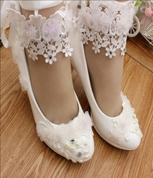 Wholesale Maids Shoes - New manual white high-heeled bride wedding shoes low to dress collocation is the maid of honor Ankle strap single woman shoes
