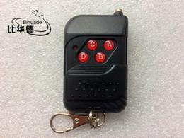 Wholesale Door Key Code - Wholesale- Fixed code (sc2262 sc2264) Free shipping RF 315MHz Garage Door Remote Control Universal Wireless 4-key Remoto Control Controller