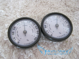 Wholesale Hygrometer For Humidors - Wholesale- 20pcs lot Quality Importers Analog Hygrometer, 1-3 4-Inch Round Glass Analog Hygrometer for Humidors Black Plasitic