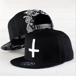 Wholesale Wholesale Flat Bill Hats - Hiphop Dance Embroidered Cross Snapback Fitted Caps Baseball Cap Men Solid Flat Bill Korean Fashion Ball Hat