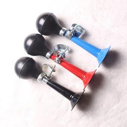 Diseños de bombillas online-Bicicleta Cuerno Caracoles Cuernos Accesorios para equipos de bicicleta de montaña Plástico Caucho Squeeze Bombilla Luz Diseño fácil de usar Venta caliente 2 8cl J1
