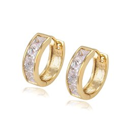Wholesale Item Number - Xuping Hot Item Mix Color Zirconia Mosaic Huggie Lady Earhoop for Party Low Price Fashion 14K Gold Plated Copper Earrings DH-15-14K0012