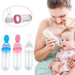 Wholesale Bpa Free Baby - Newborn Baby feeder Rice Cereal Silicone BPA Free Soft Spoon Head Scale Design Feeding Bottle Extrusion Feeder Spoon with Dust Cover