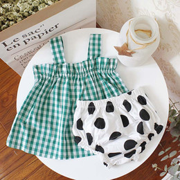 Wholesale Matching Mom Baby Clothes - Ins mother and daughter clothes family matching clothing mom daughter Tops baby Girls Suits tank top +dots shorts underpants 2pcs sets A498