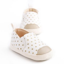 Wholesale Cute Soles - New Gold Polka Dot Cute Newborn Baby Kids Girls Shoes Infant Toddler Princess Baby Moccasins Soft Soled Anti-slip loafer Shoes