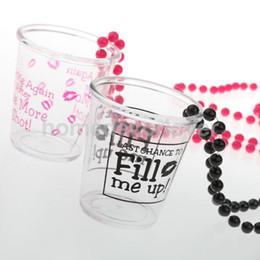 Wholesale- Novel Hen Night Party 1 Coppia di coppe di plastica Collana con catena di perle con parole interessanti sulle tazze da