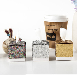 """Wholesale Glitter For Paper - free shipping Wedding Party Favors And Gifts Candy Boxes """"All That Glitters"""" Gold Glitter Favor holders Box For Guest"""
