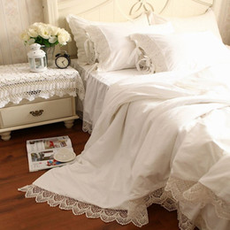 Wholesale Luxury Queen Bedspreads - Wholesale-Luxury Tribute Silk Princess Bedding Set Queen King 4pc Snow White Duvet Quilt Cover Lace Bed Skirts Bedspread Bedclothes Cotton
