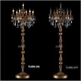 2019 candelabro em pé Clássico 7 Luzes de Cristal Lâmpada de Assoalho, Suporte de chão Luminária Lustre de Cristal Candelabro de Pé Lâmpada Central candelabro em pé barato