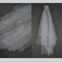 Wholesale White Bridal Veil Sparkles - Sparkle Two Layer Short Wedding Veil White Beaded Edge Elbow Length Soft Tulle Accessoire Mariage Bridal Veils With Comb