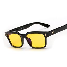 Wholesale Tv Mirror Glasses - Wholesale- Computer TV Glasses Radiation Resistant Transparent lens Read Glasses Men Women Plain Mirror 4 Colors Frame F15004 Oculos