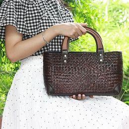 Wholesale Ladies Straw Handbags - Summer pastoral ethnic wind sea grass weave bag ladies holiday resort beach bag small art retro wooden handle handbag