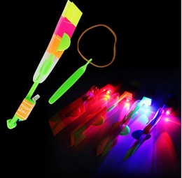 Wholesale Wholesle Gifts - led Flash Copter Amazing LED Light Up Arrow Rocket Helicopter Rotating Flying Toy Party Fun Gift Wholesle led flying arrow Helicopter