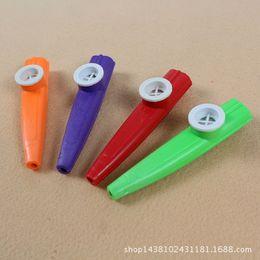 kazoo en plastique Promotion Vente chaude En Plastique Kazoo Classique Instrument de Musique Fun Pour Tous Les Âge Enfants Musique Amateurs Instrument Aléatoire De Haute Qualité