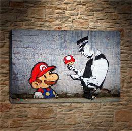 Banksy Graffiti Art Mario y The Cop, decoración para el hogar, pintura de arte moderno impresa en HD (sin marco / enmarcada) desde fabricantes