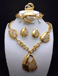 Wholesale Jewelry Sales 18 K - Top sale shine crystal 18 K gold plated jewelry set Necklace +bracelet +ring +eatting set wedding jewerly hot sale woman jewelry
