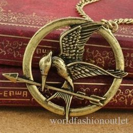 Wholesale parrot chain - Pendant Necklaces Mockingjay Movie Hungry Game Big Retro Punk Style Hunger Games Necklace Wee Acorn Logo Birds Parrot Birds Long Necklace