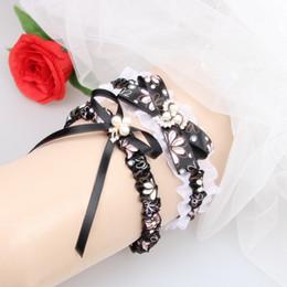 Wholesale Stockings Garter Free - Wedding Bridal Garters 2 Pcs Set Rhinestones Pearls Vintage Printed Wedding Bridal Leg Garters 2018 Free Size 15-23 Inches In Stock