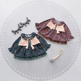 Wholesale New Retro Style Wholesale Clothing - New Retro Baby Girls Dresses Sets Vest Tassel Bow Tops + Lace Flower Dress 2pcs Set Floral Girl Party Clothing Dress Red Green A7300