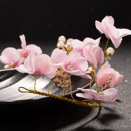 Cages à oiseaux pour les mariages en Ligne-CHENLVXIE Vintage Chapeaux De Mariée 2017 Rose Fleurs Birdcage Voile Pearl Fascinators Pour Mariages Sinamay Sombrero Nupcial WT095