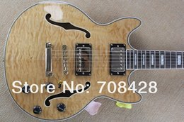 Guitarra de cuerpo hueco de arce online-Custom Shop 335 Cream Flame Maple Top Semi Hollow Body Jazz Guitarra Eléctrica Natural acabado doble F Holes MOP Block Fingerboard Inlays