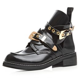 Wholesale- Botas Mujer Winter Special Offer New Arrival Brand Same Design High Quality Women Fashion Cutout 2016 Metal Buckle Martin Boots ? partir de fabricateur