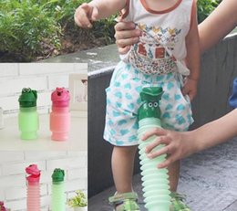 Wholesale Portable Toilet Outdoors - Kids Portable Urinal Travel Outdoor Camping Car Cute Toilet Potty Bottle