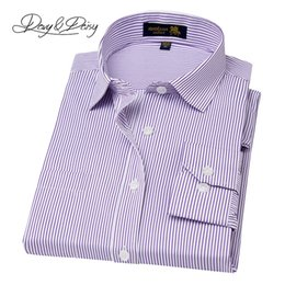 Wholesale long sleeve red formal for men - Wholesale- DAVYDAISY Chemise Homme Formal Shirts For Business Men Long Sleeve Solid Striped Social Work Gentleman Dress Shirts DS-130
