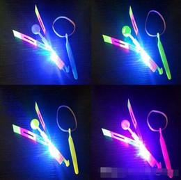 2019 erstaunliche pfeilhubschrauber 2017 Weihnachtsgeschenk Neueste Spielzeug LED Amazing Flying Arrow Hubschrauber Fliegen Regenschirm LED Spielzeug LED Hubschrauber günstig erstaunliche pfeilhubschrauber