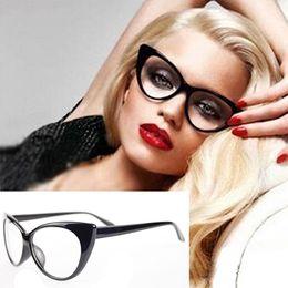 Кошачий глаз в форме очков оптом онлайн-Оптовая торговля-2016 женщины классический Sexy Vintage Cat-Eye Shape пластиковые равнина глаз очки кадр очки 8nt9