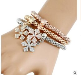 Wholesale Channel Choose - The elastic corn chain tricolour suit bracelets Snowflake skull multi-layered diamond bracelet three styles can choose
