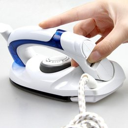 Wholesale Digital Portable Travel - 700W Electric Steam Iron Mini Portable For Clothes with 3 Gears Teflon Baseplate Handheld Flatiron for Home Travelling