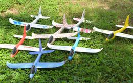 2019 juguete de molino de viento flash 48cm LED EPP Lanza el avión Vuele a mano los juguetes voladores Vuelo libre en planeador Vuela a mano el avión