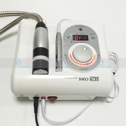 Martelo quente frio portátil on-line-2em1 uso doméstico portátil agulha mesoterapia livre equipamentos de beleza eletroporação hot cold rf levantamento da pele anti envelhecimento rugas