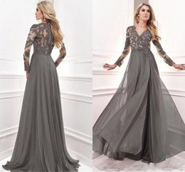 Wholesale Lace Evening Gown Green - Vintage Grey Long Sleeves Mother Dresses 2017 Sheer Jewel Neck Lace Appliques V Neck Long Mother of Bride Groom Gowns Formal Evening Dresses