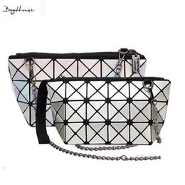 2019 муфта геометрии Wholesale-BaoBao issey Japan miyake women Mini Retro geometry chain Crossbody bags evening clutch ladies  Plaid shoulder bags дешево муфта геометрии