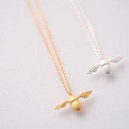 Wholesale gold bee necklace - Fashion New High Quality Cute Bee Necklace Fine Jewelry Silver Gold Color Honey Bee Pendant Necklace For Women Popular