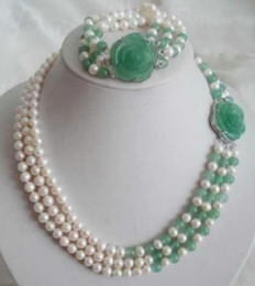 Wholesale Golden Akoya Pearls - White Akoya Pearl Natural Emerald Necklace Bracelet Set