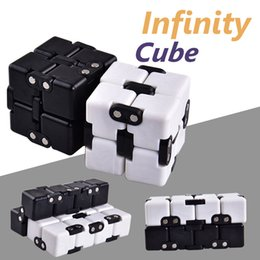 Wholesale Funny Shapes - Infinite Cube Most Changeful Shape Toys For Adults Decompression Stress Fidget Cube Development Novelty Funny Toy with Retail Package OTH476