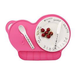 Colchoneta de comida para bebé online-Baby Feeding Silicone Plate Placemat Lechón Antideslizante A Prueba de agua Comida Snack Mat Vajilla Vajilla Tazón Set T0514