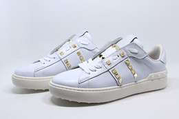 Wholesale Metal Free Shoes - New Style couple shoes Genuine Leather Metal Rivet Plate Shoes Low-top Lace-up Personalized Casual Flat Shoes High Quality free shipping